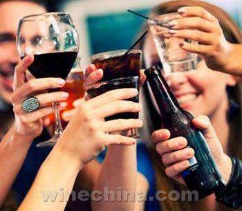 酒精饮料的十大健康益处