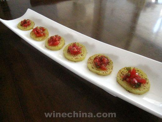 之味菜谱(4):朗格斯酒庄特制干红葡萄酒搭配土豆沙拉