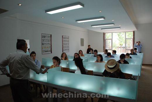 OIV 国际葡萄酒管理硕士班赴贺兰山东麓产区考察学习