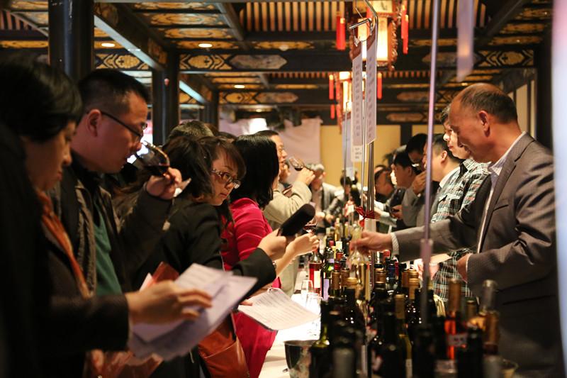 2014年中国优质葡萄酒品鉴会亮相成都
