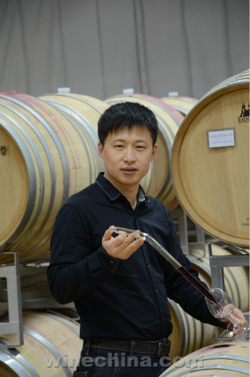 Chinese Winemakers (70)Zhao Desheng:Winemaker's Cycle
