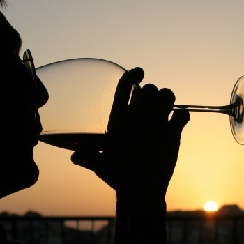 Size of Sip 'Affects Wine's Taste'
