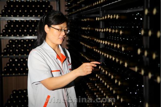 中国酿酒师风采录(107)姜彩红:用热爱诠释工匠精神
