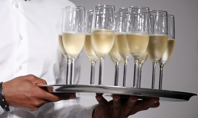 Sparkling Wine Sales Up 80% In UK
