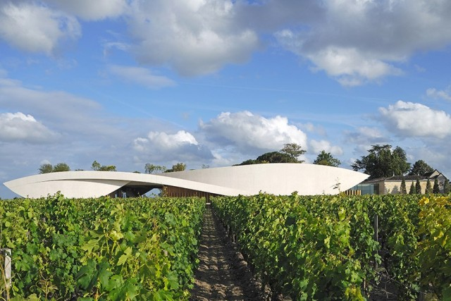 Cheval Blanc To Launch White Wine