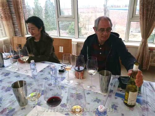 【葡粹动态】世界侍酒大师公会欧洲首席执行官走访贺兰晴雪酒庄