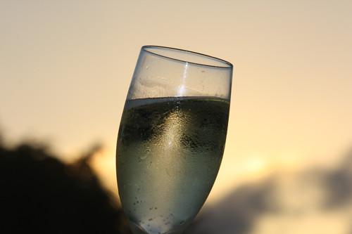香槟与卡瓦之争