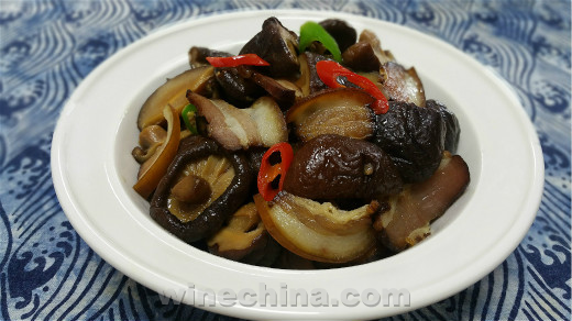 之味菜谱(257)乡都安东尼・配香菇炒腊肉