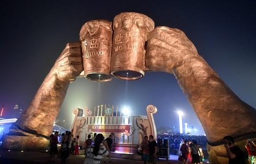 美媒:中国人饮酒习惯转变 偏爱高端葡萄酒和精酿啤酒