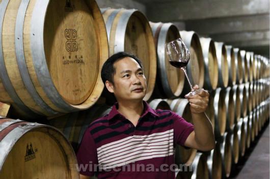 中国酿酒师风采录(26)杨华峰:酿酒师是一个需要积淀的职业