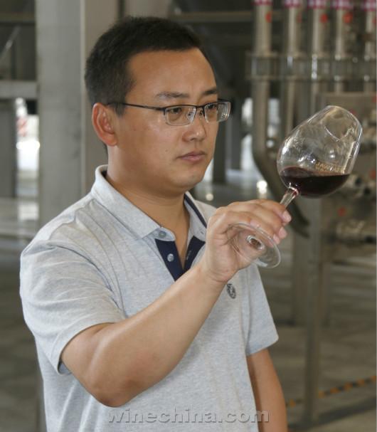 中国酿酒师风采录(25)都振江:酿酒师的成长没有捷径