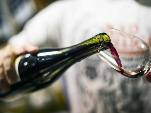 1-8月规模以上酿酒企业利润总额累计达1033.1亿元